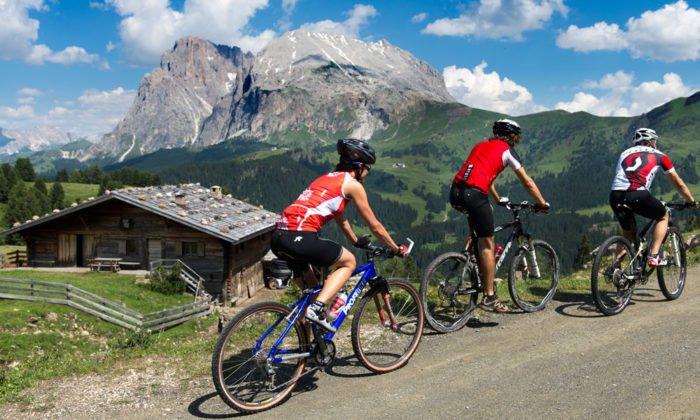 Bikeurlaub in den Dolomiten - Fahrspaß auf höchstem Niveau