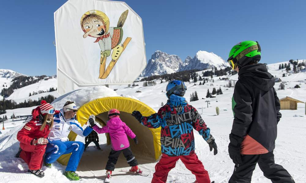 Spend a carefree skiing holiday with your children
