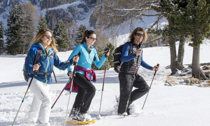 Winterwandern in den Dolomiten macht ebenso Spaß wie Schneeschuhwandern